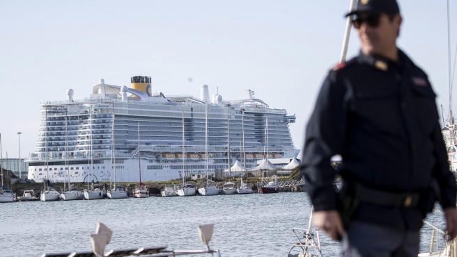 Imagen del crucero Costa Smeralda, en el que 6.000 personas se encuentran atrapadas por un supuesto caso de coronavirus.