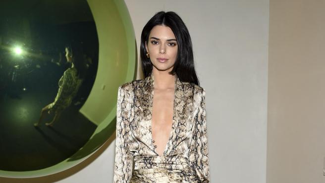 Kendall Jenner preocupa por su extrema delgadez en las redes.