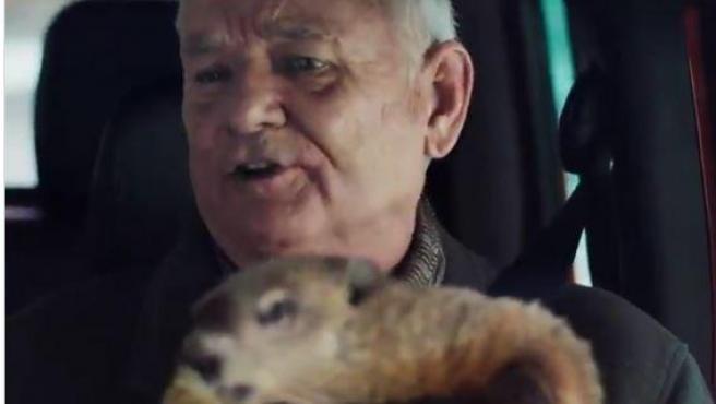 Bill Murray, con la marmota Phil en el anuncio de Jeep por el Día de la Marmota.