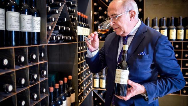 Antonio Flores, 'hacedor de vinos'