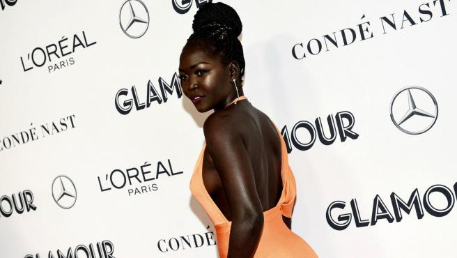 La modelo Nyakim Gatwech, también llamada 'Reina de la Oscuridad'.