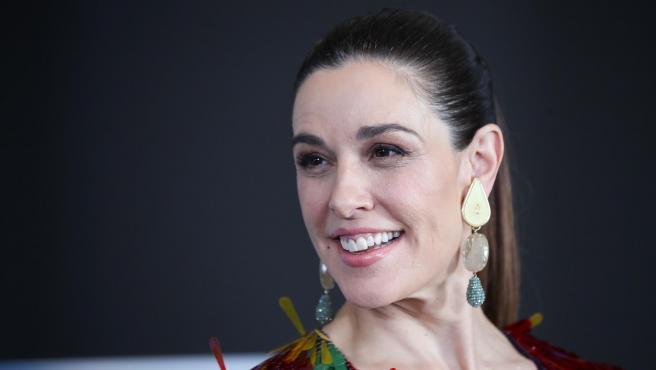 Raquel Sánchez Silva en el photocall de la presentación de Maestros de la Costura 3.