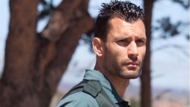 Jorge Pérez, bautizado por las redes como el guapo oficial de la Guardia Civil.
