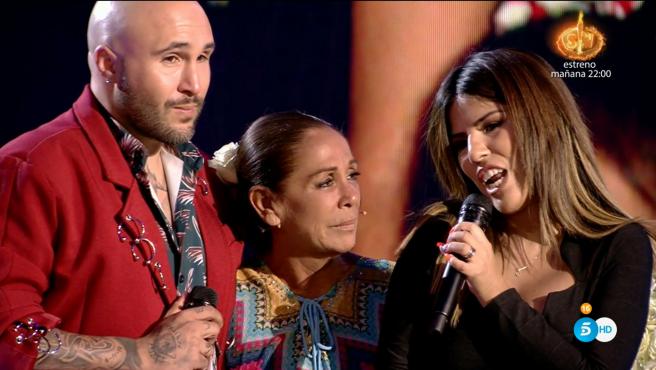 Kiko Rivera, Isabel Pantoja e Isa Pantoja en el plató de 'Supervivientes'.