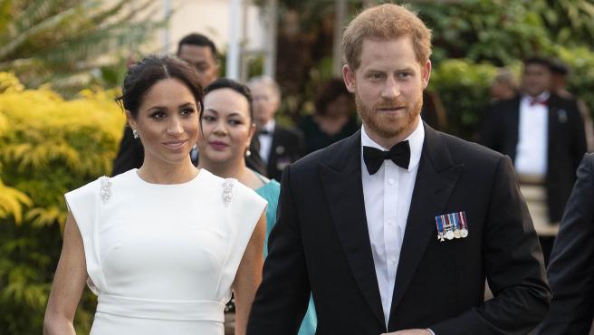 Los duques de Sussex, en el documental 'Harry y Meghan: crisis en la familia real'.