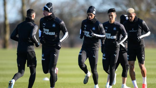 Jugadores del Newcastle en un entrenamiento.