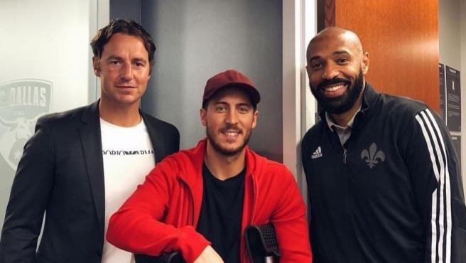 Hazard, junto a Thierry Henry en Dallas.