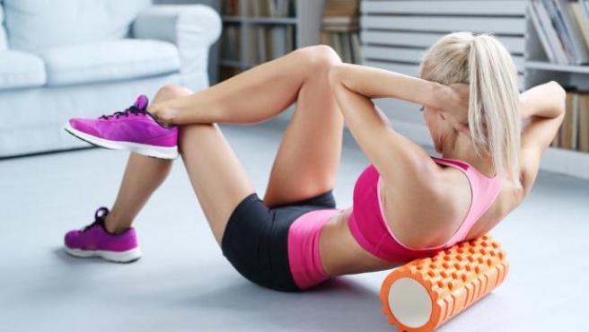 Basta con un poco de fuerza de voluntad para tener una rutina de entrenamiento en casa.