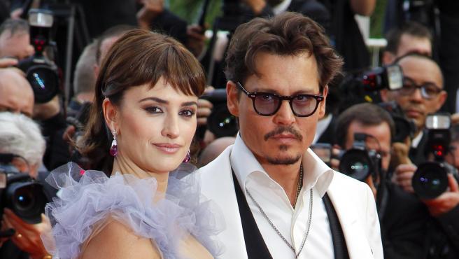 Penélope Cruz y Johnny Depp, en el Festival de Cannes de 2011.