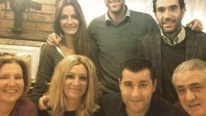 Lorenzo Sanz y sus hijos, en una foto familiar