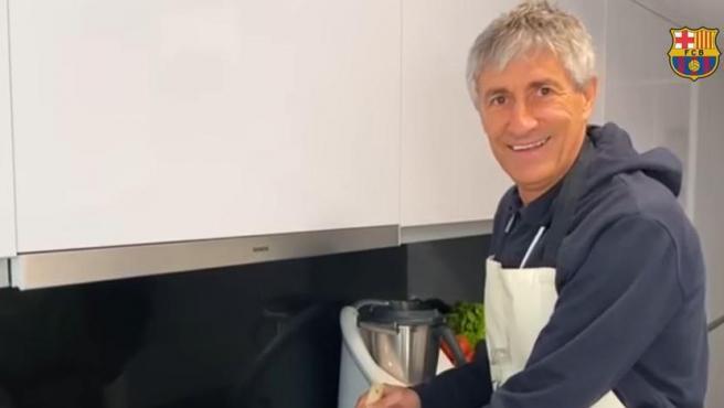 Quique Setién, en la cocina