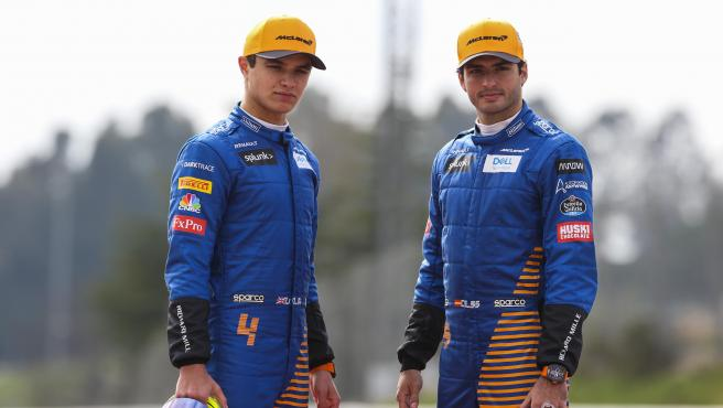 Lando Norris y Carlos Sainz, pilotos de McLaren.