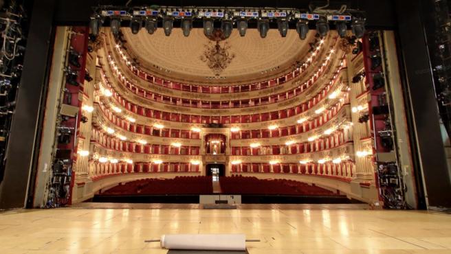 Escenario del Teatro La Scala de Milán en Street View.