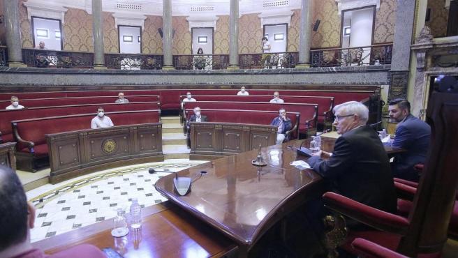 El alcalde de València, Joan Ribó, y el concejal Carlos Galiana, en la reunión.