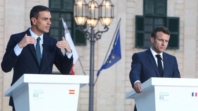 Pedro Sánchez y Emmanuel Macron en una imagen de archivo. Pedro Sánchez y Emmanuelle Macron en Malta (Foto de ARCHIVO) 14/6/2019