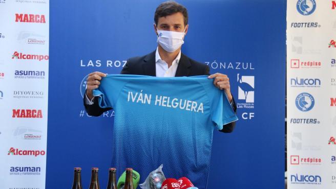 Iván Helguera, presentado como nuevo entrenador de Las Rozas CF.