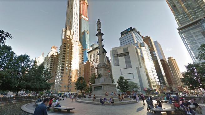 La estatua de Colón en la rotonda de Columbus Circle en Nueva York (EE UU).