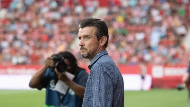 Juan Carlos Unzué, durante un partido con el Girona