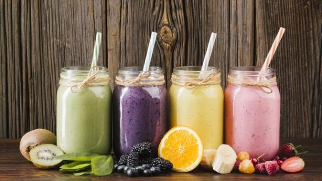 Esta refrescante bebida es una forma para aprovechar la fruta en verano.