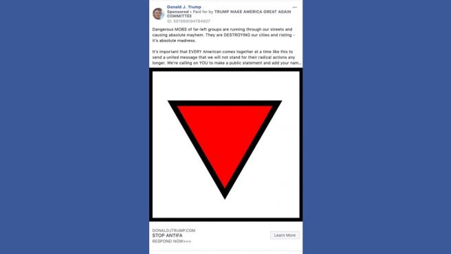 Mensaje de la campaña para la reelección del presidente de EE UU, Donald Trump, retirado por Facebook por incluir un símbolo (el triángulo rojo invertido) que usaron los nazis.