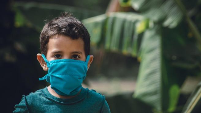 Hay que tener en cuenta que el gel es químico y que puede poner en peligro la salud de los niños si estos no se lo administran correctamente.