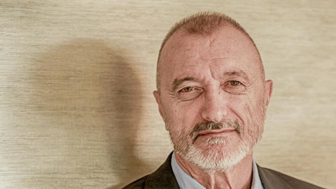 Retrato del escritor Retratos del escritor Arturo Pérez-Reverte durante una entrevista para Europa Press en la que ha presentado su novela 'Sidi' (Alfaguara), inspirada en la figura del Cid, en Madrid (España), a 18 de septiembre de 2019.