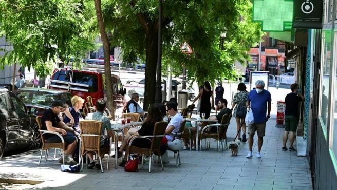 Terraza de un bar en el barrio madrileño de Lavapiés.