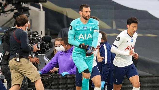 Hugo Lloris y Heung-Min Son, durante el Tottenham-Everton