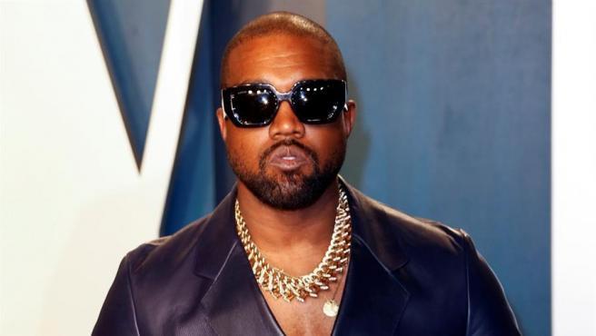 El rapero Kanye West, en la fiesta de Vanity Fair tras la ceremonia de los Oscar de 2020, en Beverly Hills, California (EE UU).