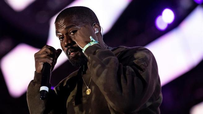 El rapero estadounidense Kanye West, durante una actuación.