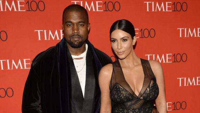 Kanye West y Kim Kardashian, en la la gala de 'las 100 personas más influyentes' de la revista 'Time', en Nueva York (EE UU), en 2015