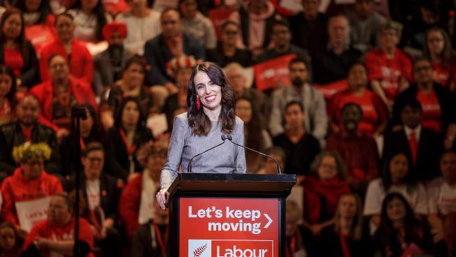 La primera ministra de Nueva Zelanda, Jacinda Ardern, durante un acto de campaña de su partido en Auckland.