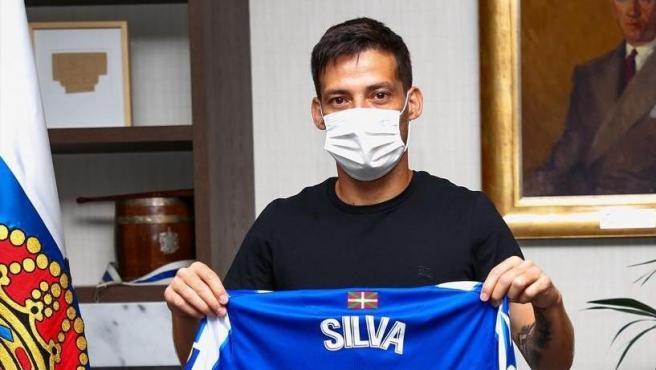 David Silva, con la camiseta de la Real Sociedad