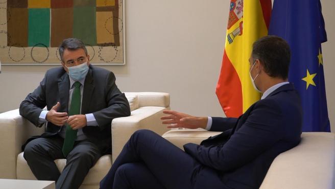 Pedro Sánchez recibe a Aitor Esteban (PNV) en La Moncloa