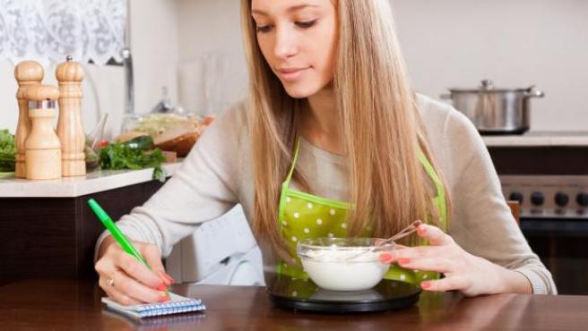 Pesar los ingredientes es básico para tener éxito en cualquier receta.