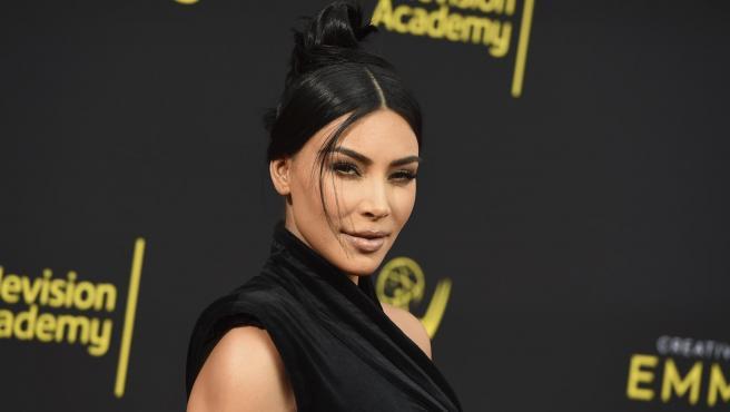 Los pies de Kim Kardashian siempre dan que hablar.