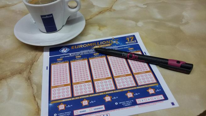 Imagen de archivo de un boleto de Euromillones.