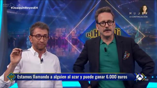 Pablo Motos y Joaquín Reyes, en 'El hormiguero'.