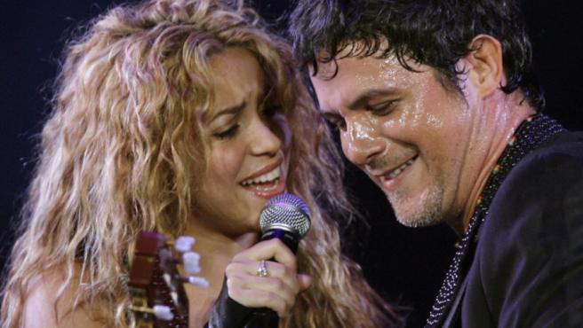 Shakira y Alejandro Sanz, durante un concierto en Buenos Aires, Argentina.