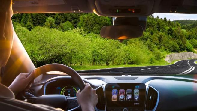Una conducción más sostenible reduce el gasto en combustible.