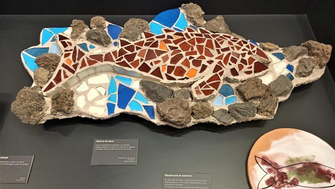 Una de las piezas de la exposición 'Gaudí&Trencadís' en el Museo de Cerámica González Martí de València