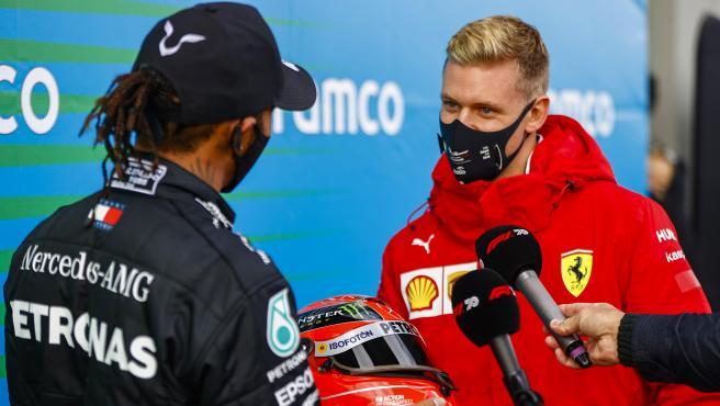Lewis Hamilton y Mick Schumacher, en el GP de Eifel