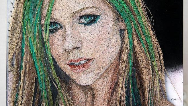 Un retrato de Avril Lavigne.