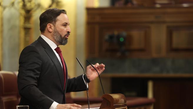 El líder de Vox, Santiago Abascal, interviene durante el pleno en el que se debate la moción de censura planteada por su partido.