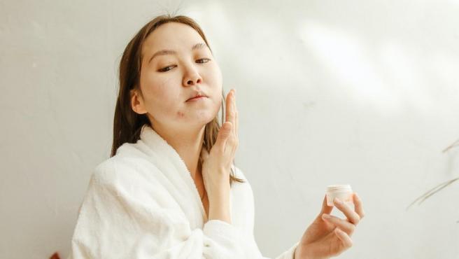 Para tratar el acné lo más importante es estar bien informado.