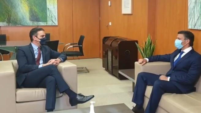 Pedro Sánchez se reúne en la sede del PSOE con Leopoldo López.