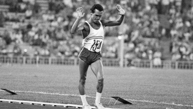 Jordi Llopart, primer atleta español medallista olímpico, al borde de la  muerte tras sufrir un infarto