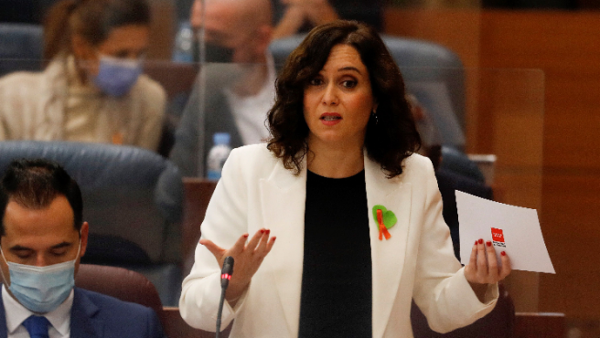 Isabel Díaz Ayuso en el Pleno de este jueves.