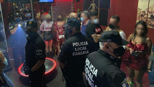 Alberto y Javi Alonso del Tenerife, pillados en un club de alterne