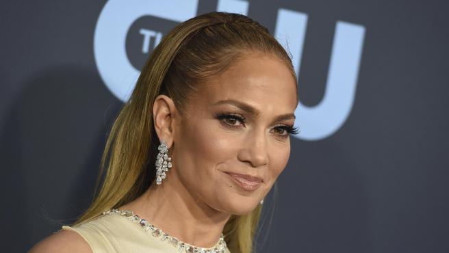 Jennifer Lopez en los Critics Choice Awards 2020.